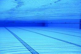 """Sluiting zwembad om norovirus in Julianadorp """"flinke klap"""" voor zwemleraar"""