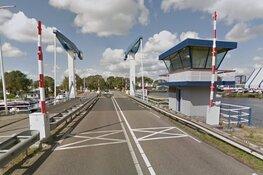 Werkzaamheden aan toegangsbrug richting Texelse boot: volgende week deels dicht