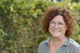 Schrijfster Marjan van den Berg in Julianadorp