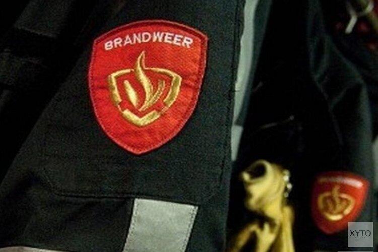 Geparkeerde vrachtwagen vliegt in brand in Den Helder
