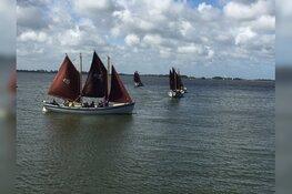 Zeilen op het Amstelmeer