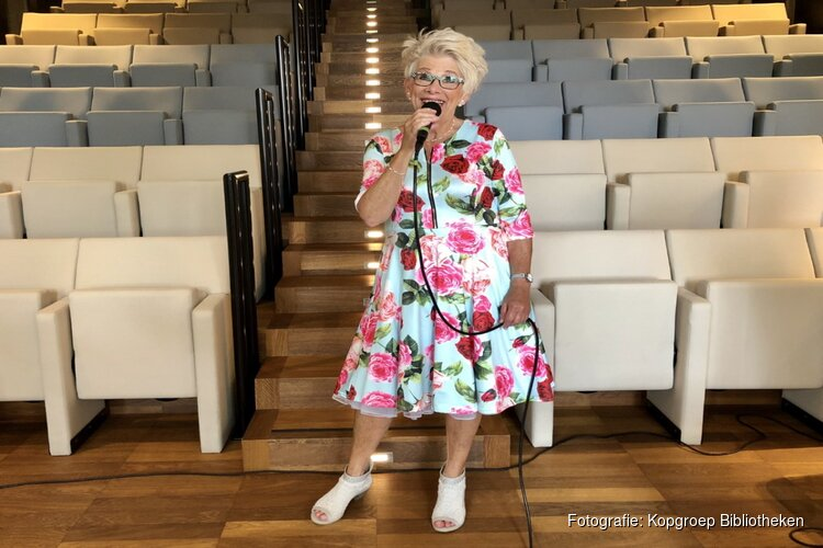 Evelien zingt Sonneveld