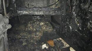 """Historische boot verwoest na brand: """"Alle authentieke spullen zijn verschroeid"""""""