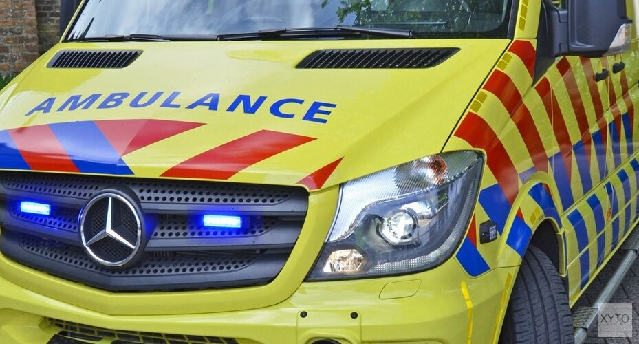 Twee bromfietsers gewond na ongeval