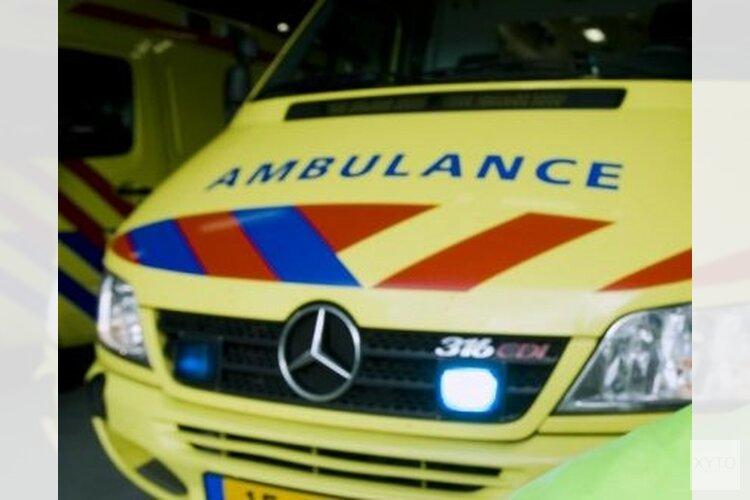 Fietser zwaargewond na botsing met auto in Den Helder