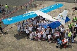 één dag piloot op Den Helder Airport voor 36 ernstig zieke kinderen