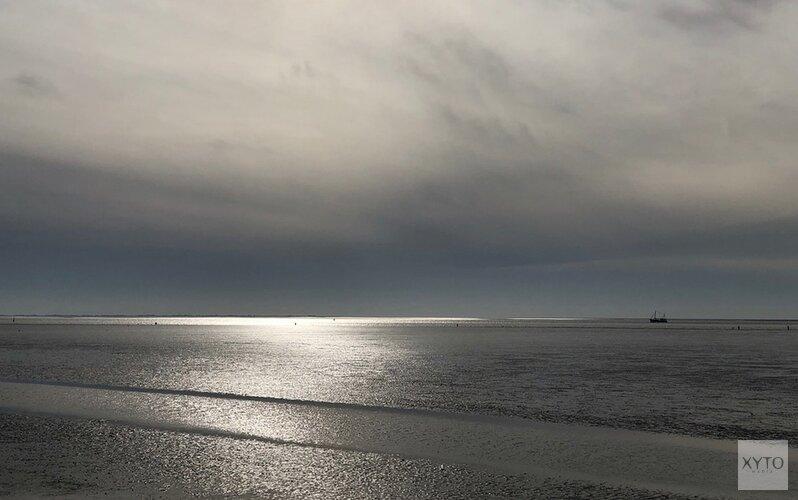 Bedrijven havengebied Den Helder vervangen licht voor 'donkerder Waddengebied'