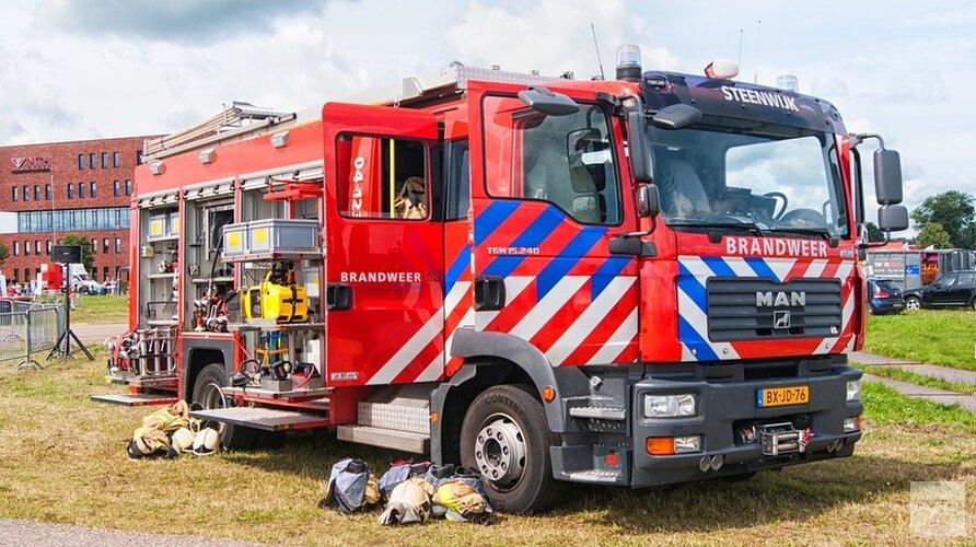 Straat vol rook in Den Helder door brand